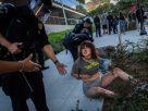 สหรัฐใช้ไม้แข็งปราบผู้ประท้วงคนหนุ่มสาว ลุกฮือต้านรัฐ